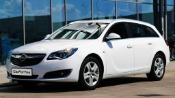 Opel Insignia kombi w Białymstoku do wypożyczenia w car for you
