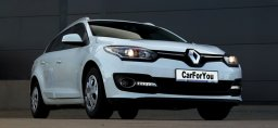 w wynajmie pojazdów Jaworzno znajdziemy również Renault Megane Kombi carforyou
