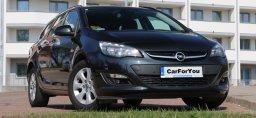 wypożycz tanio samochód w Katowicach w cenniku Opel Astra J kombi