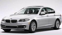 BMW 5 Sedan dostępny w wypożyczalni samochodów CarForYou Kielce